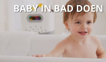 Baby in bad doen